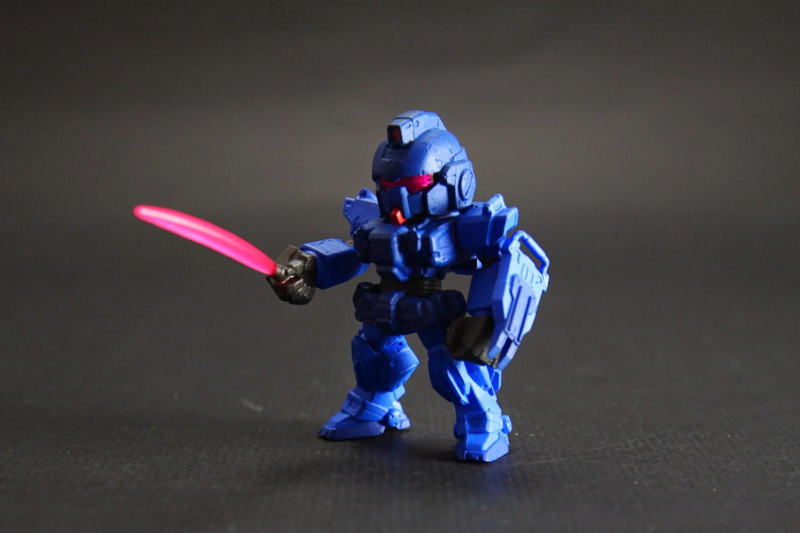 因為反應速度變快了 所以都以近身戰為主,因此武器都用光束刀