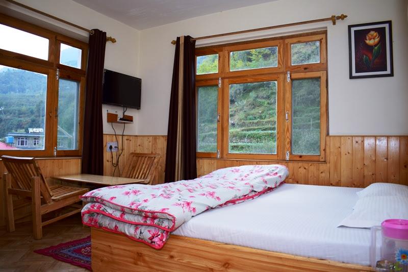 Deluxe Room Sunrise Manali