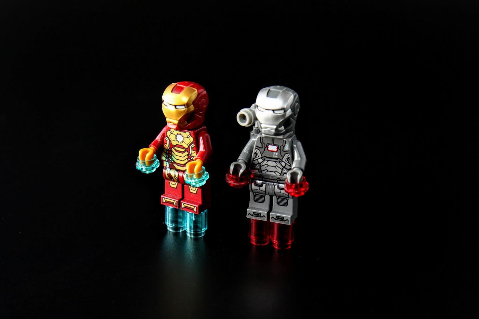 鋼鐵兄弟在後期起直追~LEGO的推進火焰就是透明零件