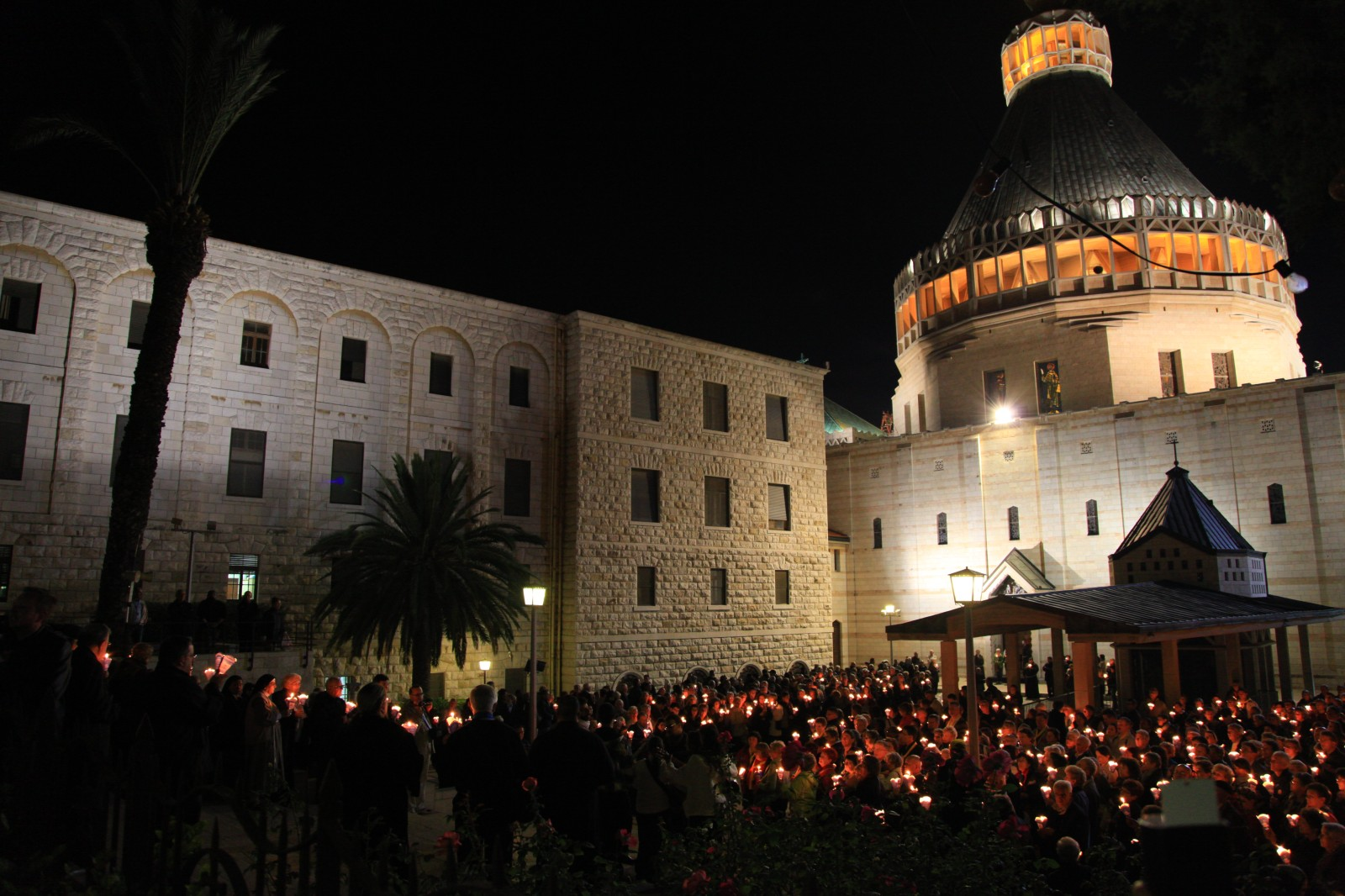While Muslims are dancing like crazy celebrating Eid Al-Adha, Christians have their regular Saturday prayer in Basilica of the Annunciation