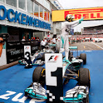 Nico Rosberg wins his home grand prix for Mercedes