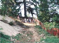 1996 - Building Uphill Stairway to Niet Ban shrine