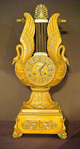 Антикварные часы.  Франция 19-й век. Бронза, позолота. 57/26 см. 11000 евро.