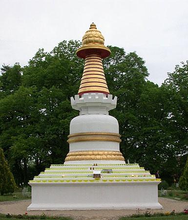 Kadampa Stupa at Institut Vajra Yogini, France.