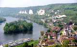 Les Andelys and the Seine from Chateau Gaillard  (by Richard)