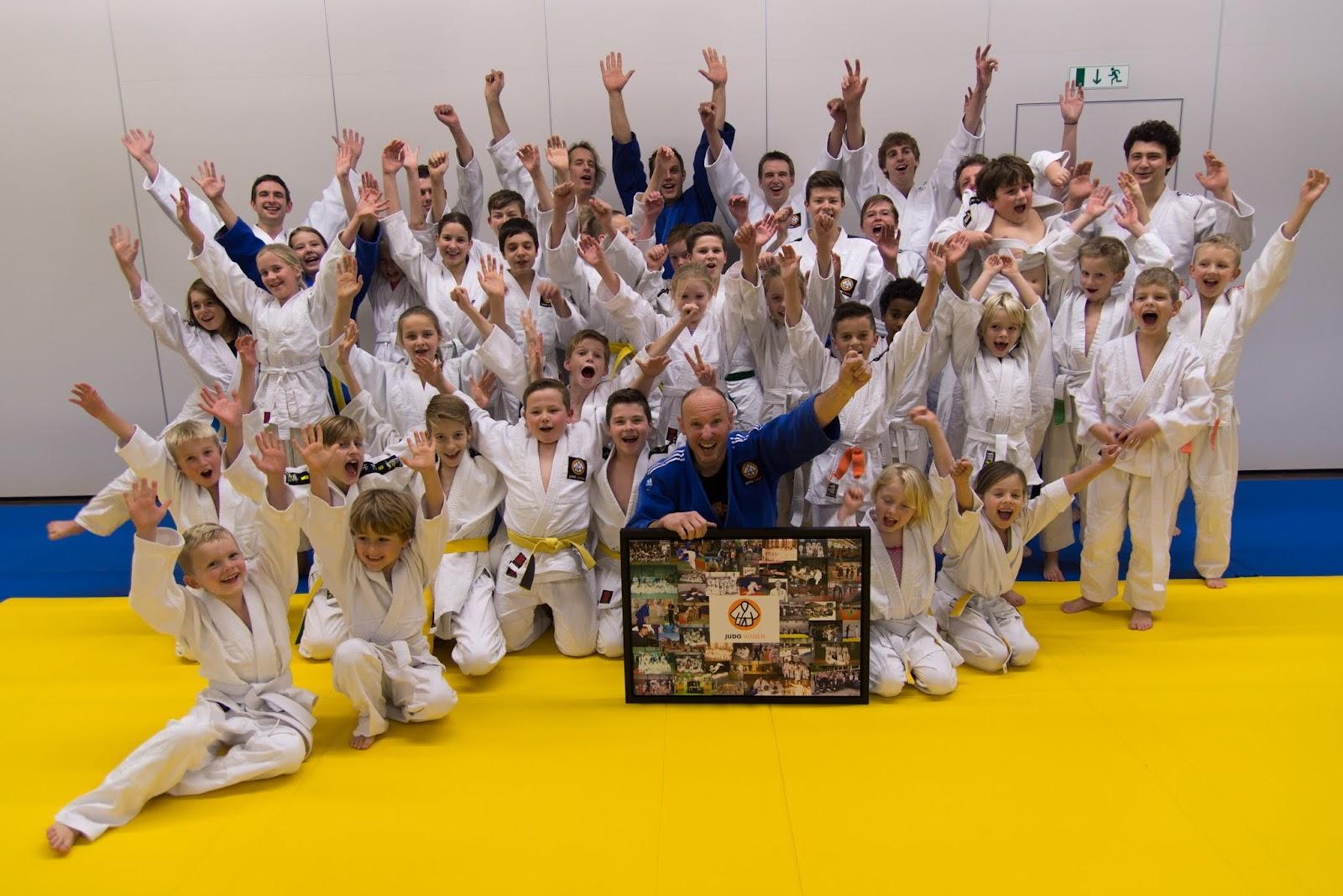 19-11-2015 Hans Brander 40 jaar lid van JudoVianen