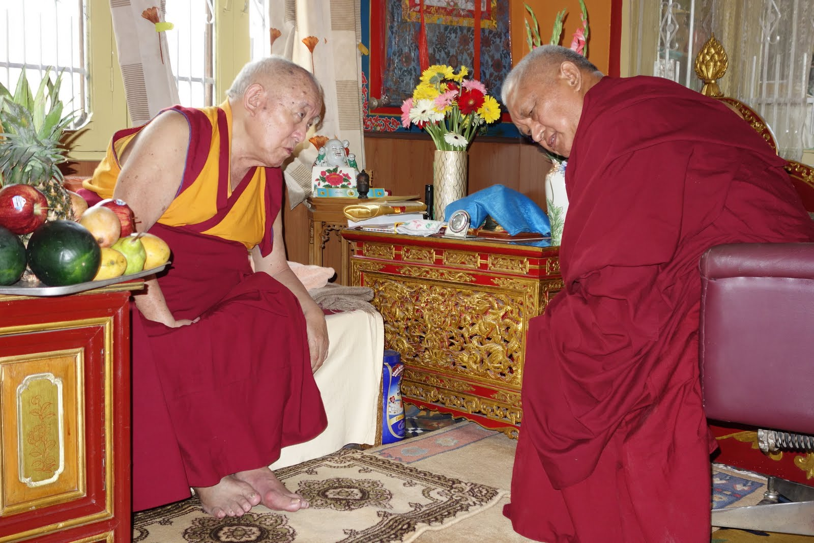 Rinpoche meeting with Dema Locho Rinpoche ( 87 yrs old now ) in McLoed Ganj. it was a very warm and relaxed meeting. Lama Zopa Rinpoche brought a large amount of fruit to offer. Dema Locho Rinpoche greeted with such grace and warmth. Photo: Ven. Roger Kunsang.