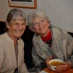 Fête du cinéma14_Martine Cuennet et Marianne Baehler dégustent les bonnes soupes maisons.jpg