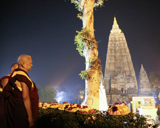 Lama Zopa Rinpoche celebrated Losar in Bodhgaya and made many trips to the Mahabodhi Stupa to circumabulate, make offerings and engage in other beneficial activities, Bodhgaya, India, February 2015. Photo by Ven. Thubten Kunsang.