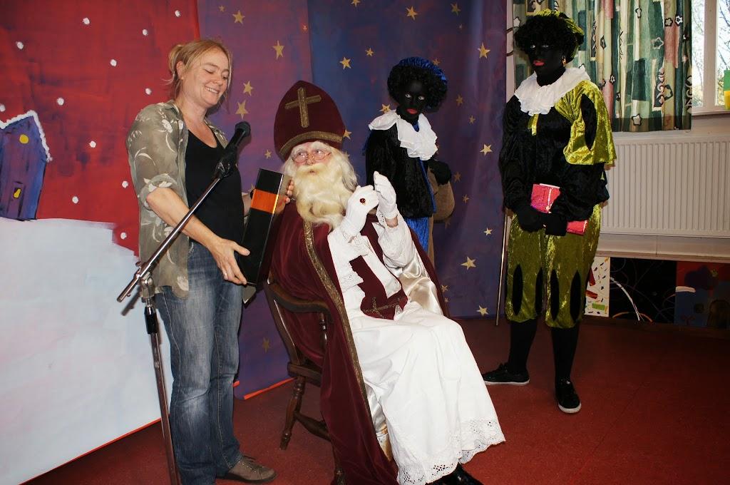 Sinter-Klaas-2013 - St_Klaas_B (35)