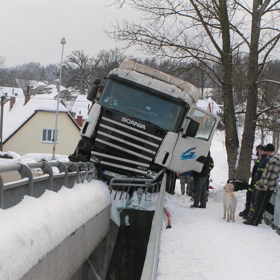 Nehoda kamionu - P1280087
