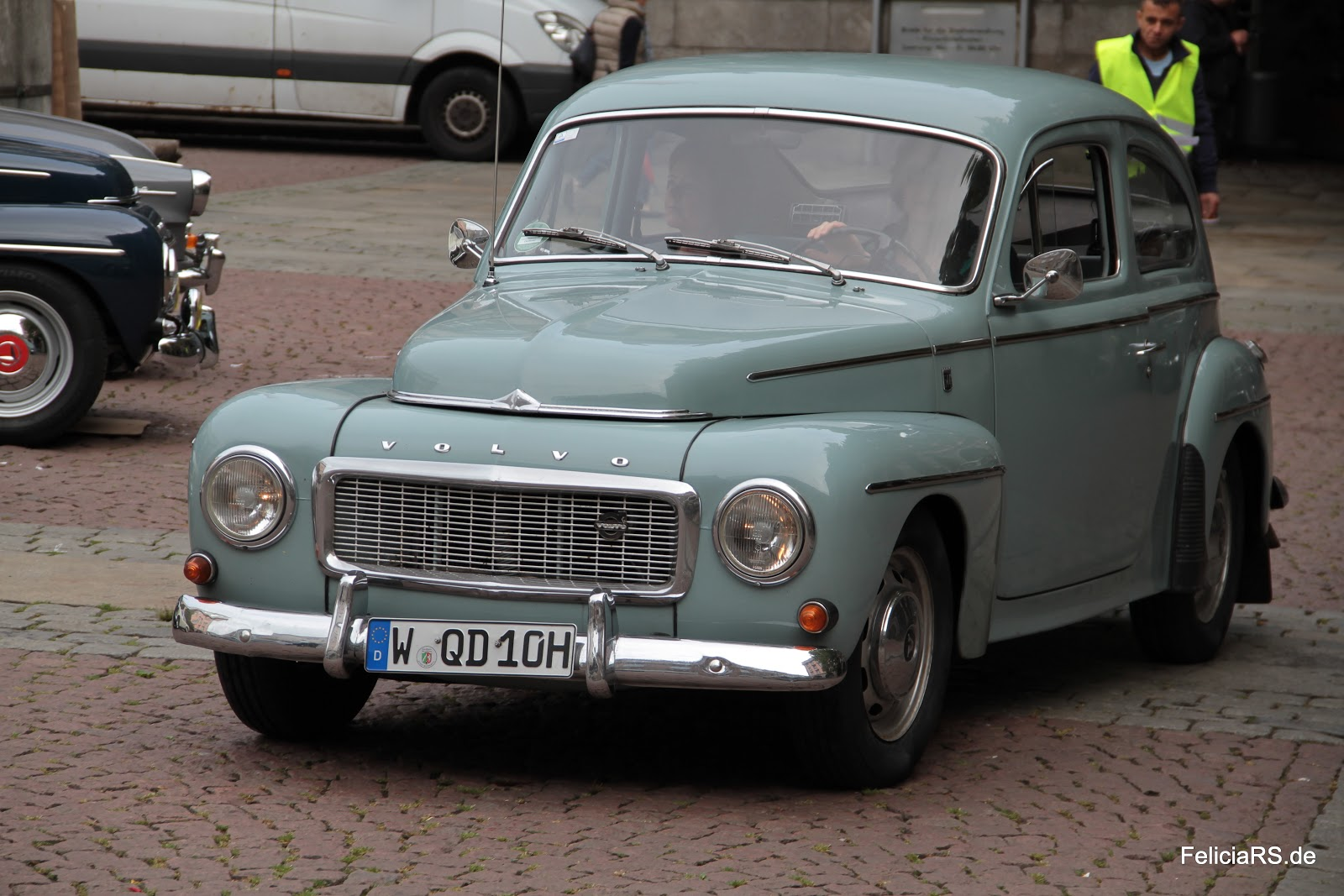 Startnummer 21 Volvo PV 544 1965