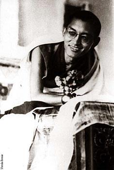 Rinpoche at Kopan 1974  Photo by Clive Arrowsmith