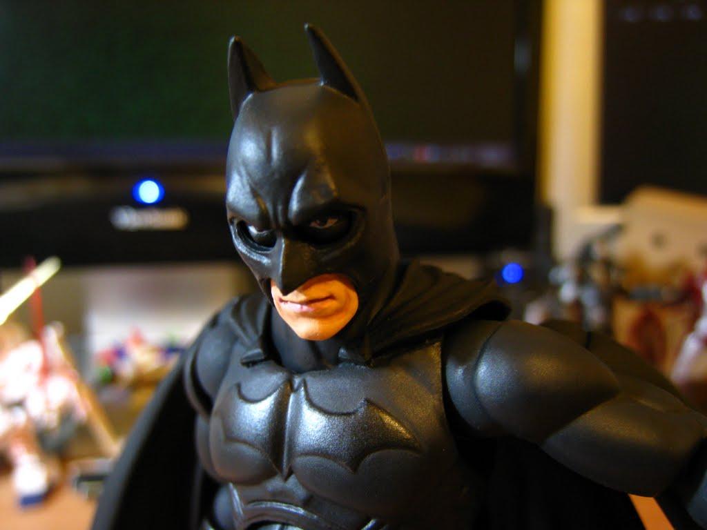 這隻的頭雕, 即使是戴上面罩了~ 也依然不是很優