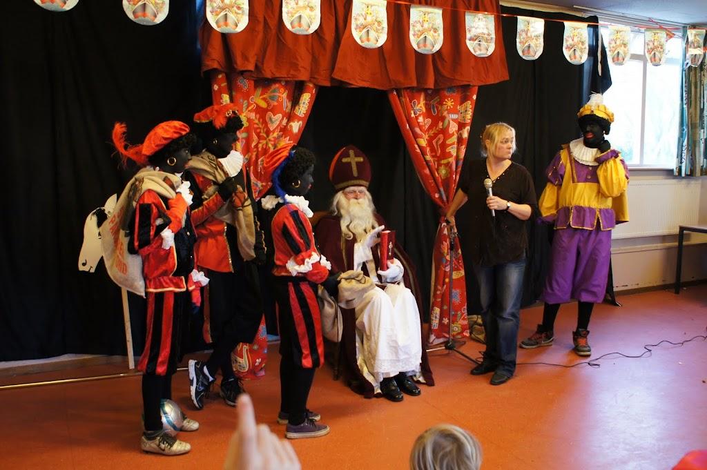 Sinter Klaas 2011 - StKlaas  (37)