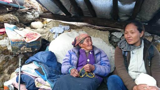 Sherpa women affected by earthquake, Thame, Solu Kumbu, Nepal, May 2015. Photo courtesy of Charok Lama.