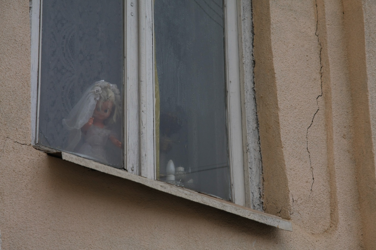 Chucky's bride watching you
