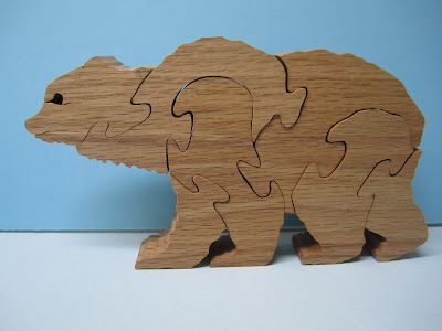 Bear puzzle by Judy and Dave Peterson Red Oak