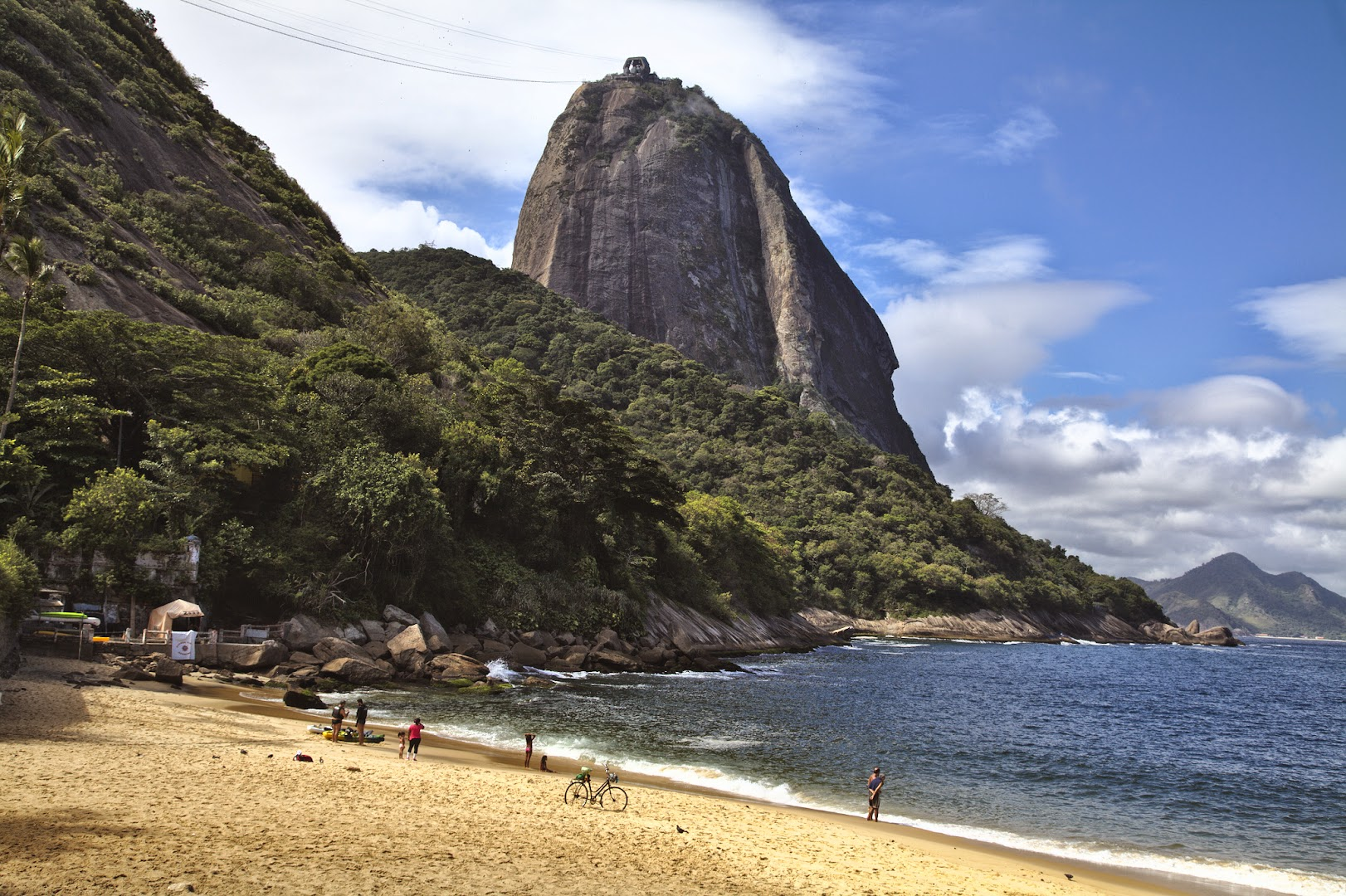 Back to Rio, looking how to get up the Sugar Loaf mountain