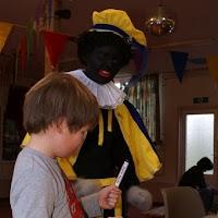 Sinter Klaas in de speeltuin 28-11-2009 - PICT6771