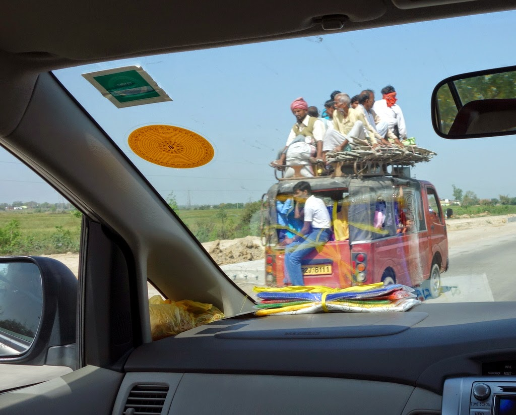 View from car window while enroute to Sarnath, India, March 2014. Photo by Ven. Roger Kunsang.