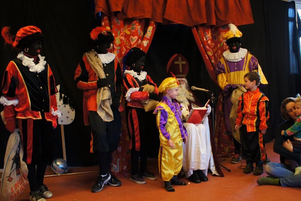 Sinter Klaas 2011 - StKlaas  (50)