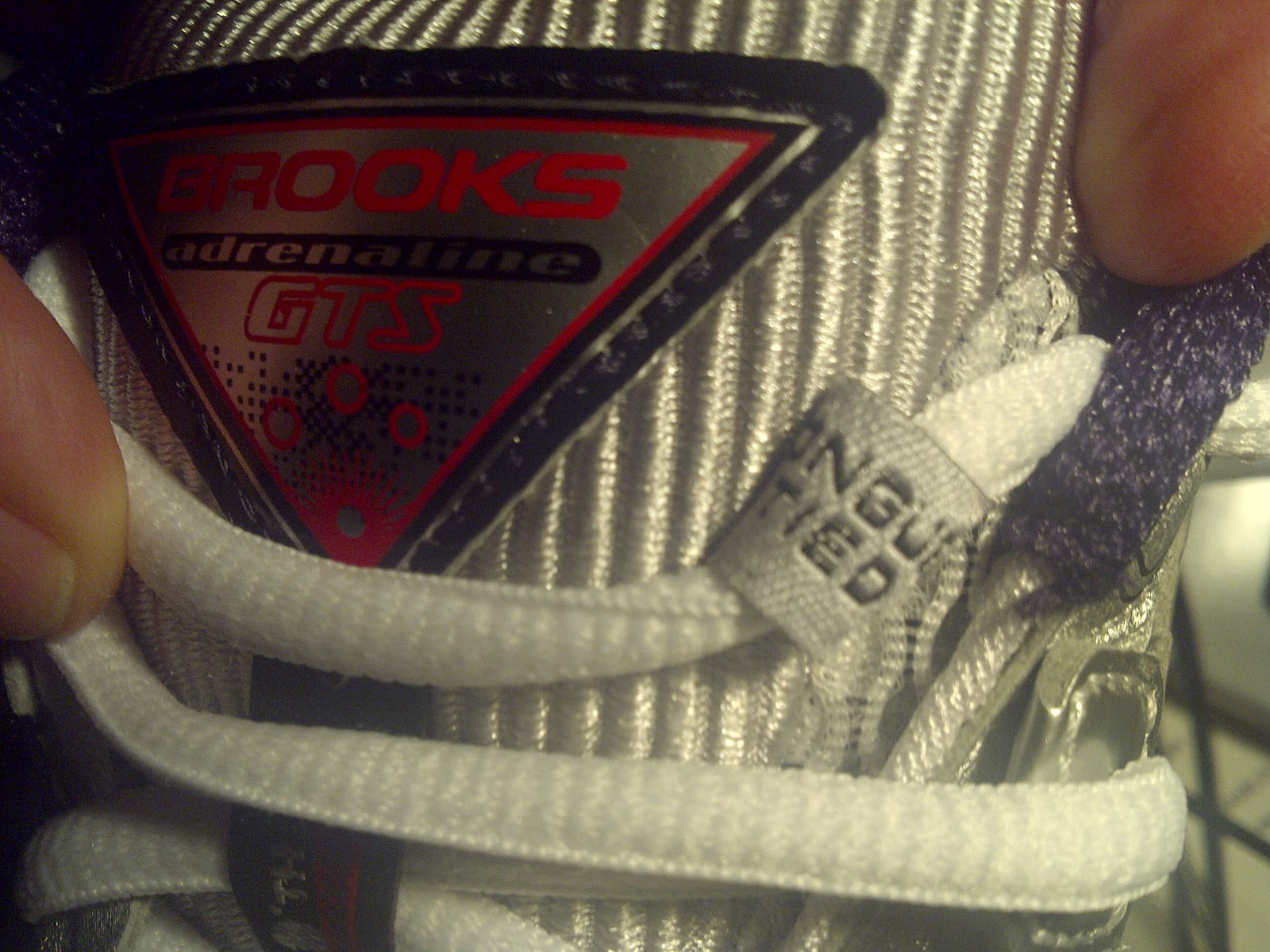 "Nice detail on my new #Brooks, ""tongue tied"" guide for shoelaces"