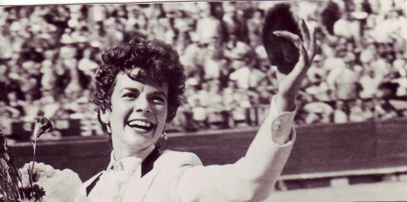 Bette Ford was the first American to bullfight in the Plaza Mexico.