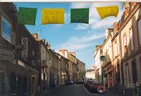 Ambiance 01 Banderoles dans les rues 1999 Cossé
