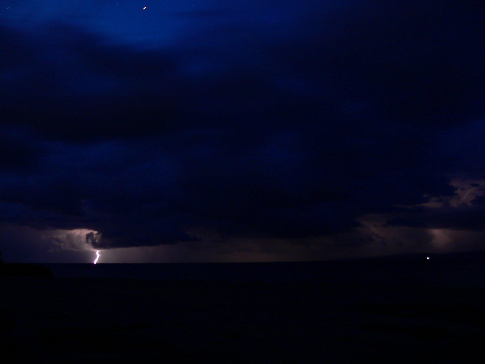 Burza nad jeziorem Issyk-Kol