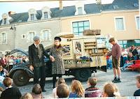 Inauguration 52 La Cie du Tapis Franc, spectacle de rue 1995 Cossé