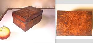 Антикварная шкатулка  из карельской берёзы. 19-й век. 300 евро.