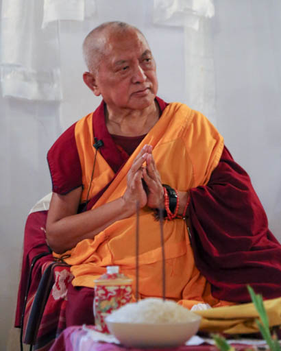 Lama Zopa Rinpoche teaching at MAITRI Institute, Bodhgaya, India, February 2015. Photo by Ven. Thubten Kunsang.
