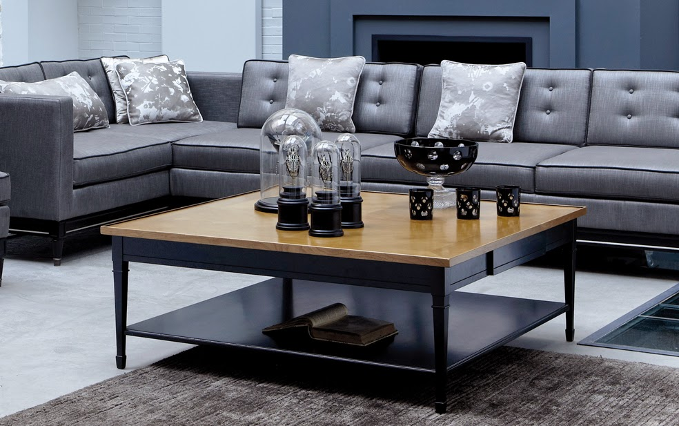 Coffee table Directoire