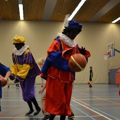 Zwarte Pieten bij U10 & U12