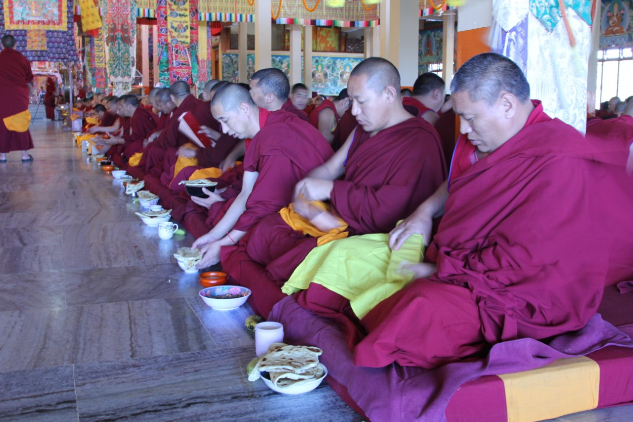 Breakfast offered to the Sangha duirng puja