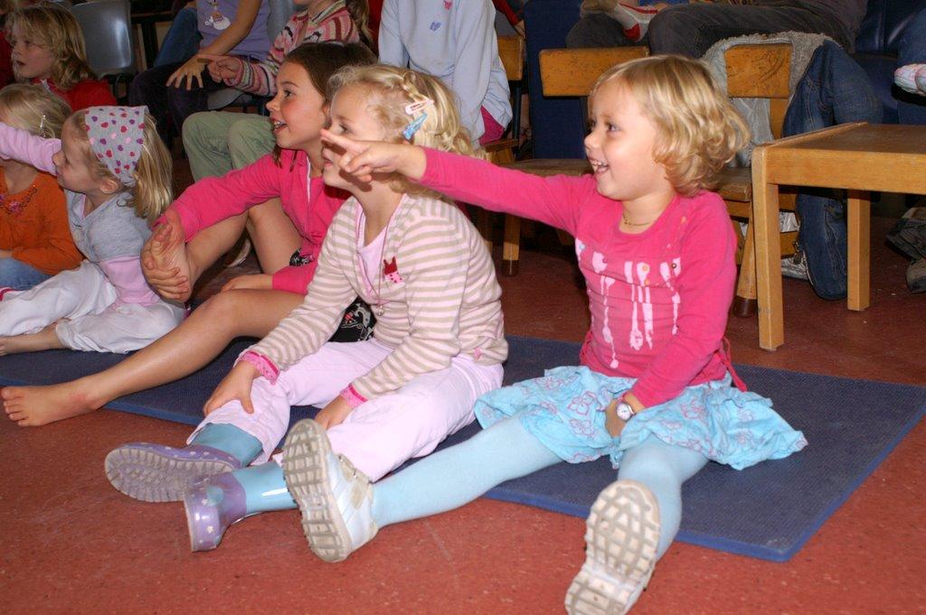 Poppenkast 6 okt 2007 - PICT3683
