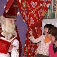 Sinter Klaas in de speeltuin 28-11-2009 - PICT6834