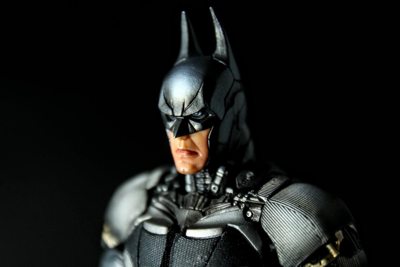 先生你誰? PA的Arkham遊戲系列蝙蝠俠我買了不少, 這麼不像你還是第一位