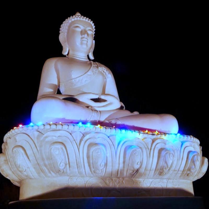 Amitabha Buddha statue at Buddha Amitabhe Pure Land, Washington, US, July 2014. Photo by Ven. Roger Kunsang.