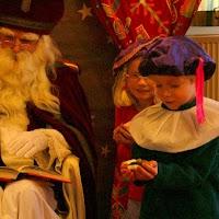 Sinter Klaas in de speeltuin 28-11-2009 - PICT6820