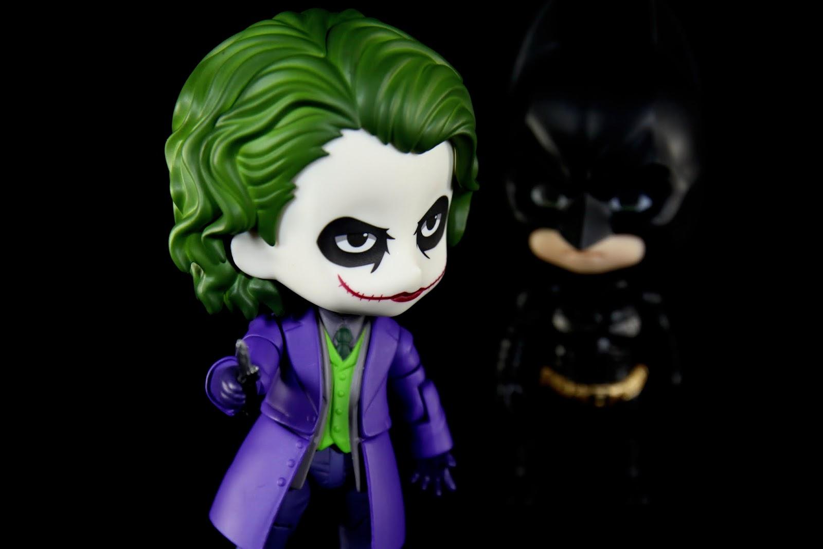 阿蝙跟小丑就是鏡子裡的兩人啊~