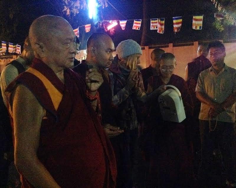 Lama Zopa Rinpoche before doing korwa at the Mahabodhi Stupa, Bodhgaya, India, February 2014. Photo by Ven. Sarah Thresher.