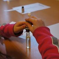 Workshop parfum maken - DSC00463