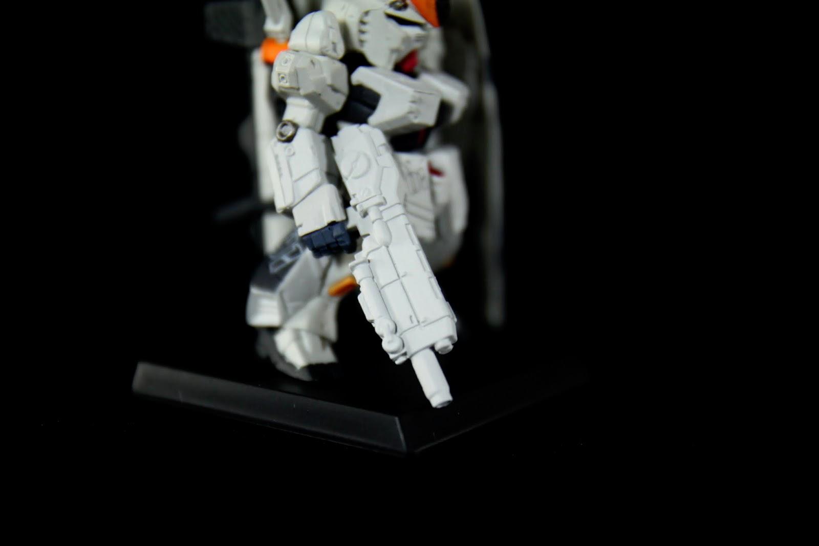 大出力的ハイパー・メガ・ライフル,具長程射擊功能,以設定來說根本妖怪