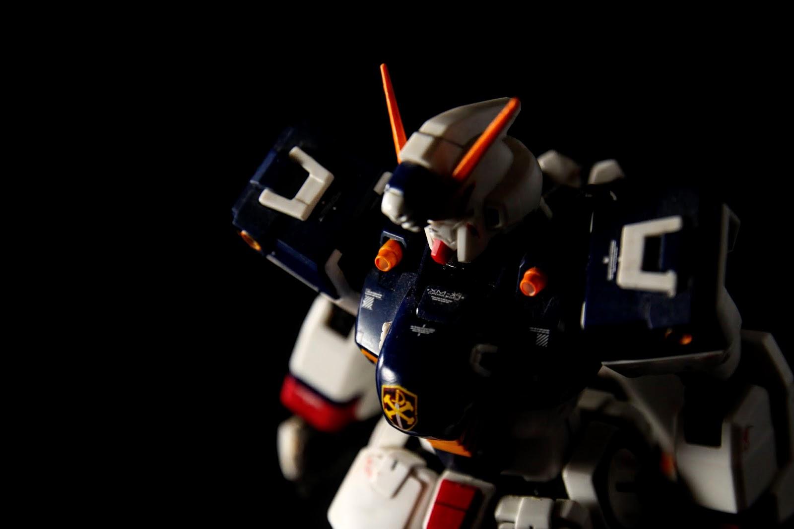 兩肩有ビームサーベル, 一般是當成光束機槍用