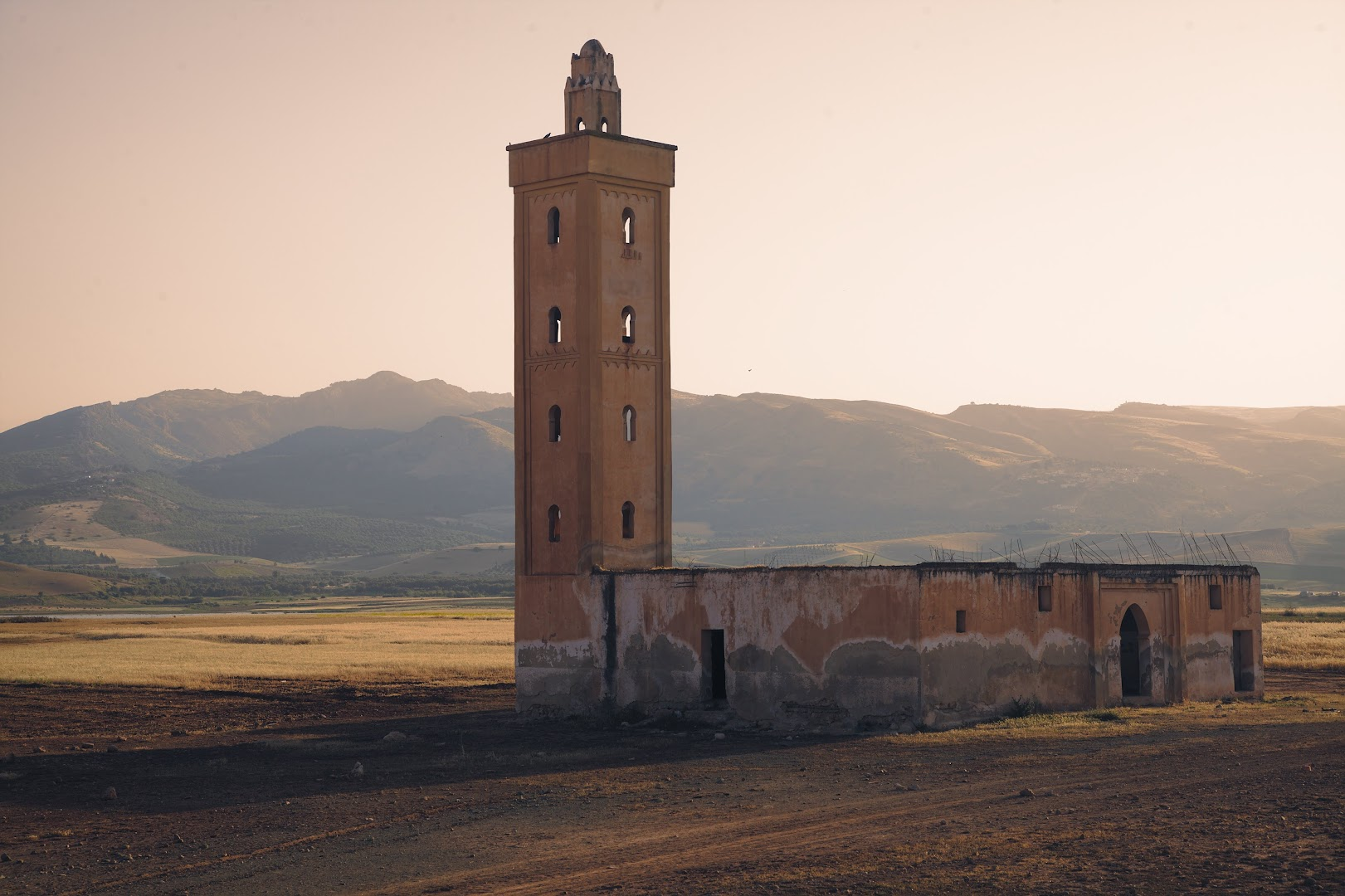 An abandoned mosque somewhere to the north of Fes