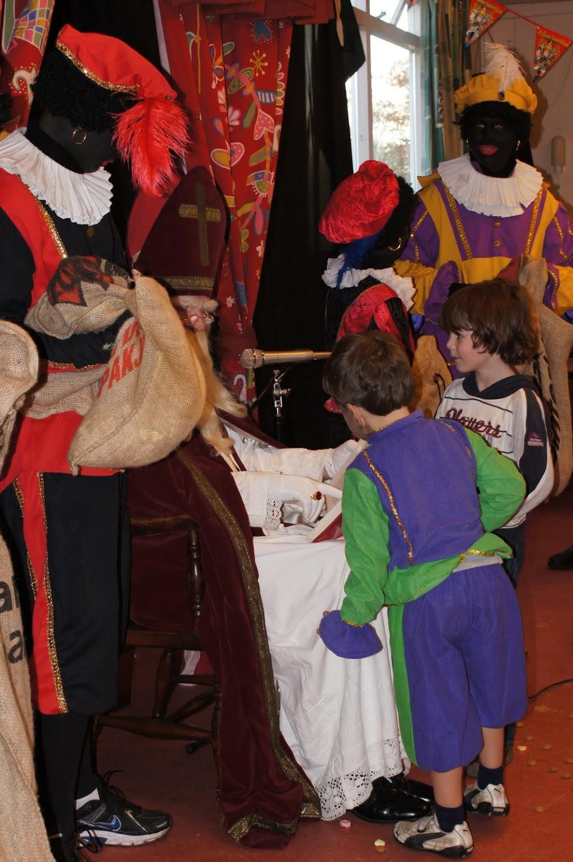 Sinter Klaas 2011 - StKlaas  (90)