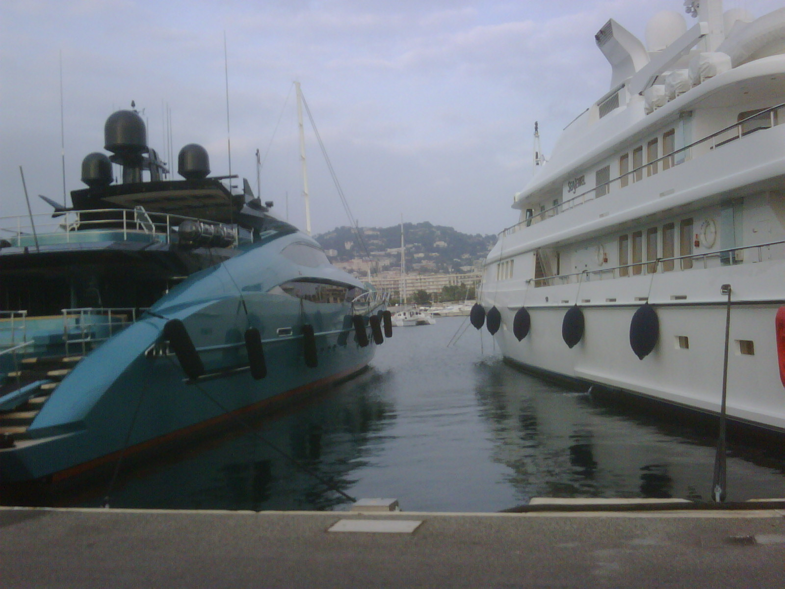 No signs of a recession in Cannes