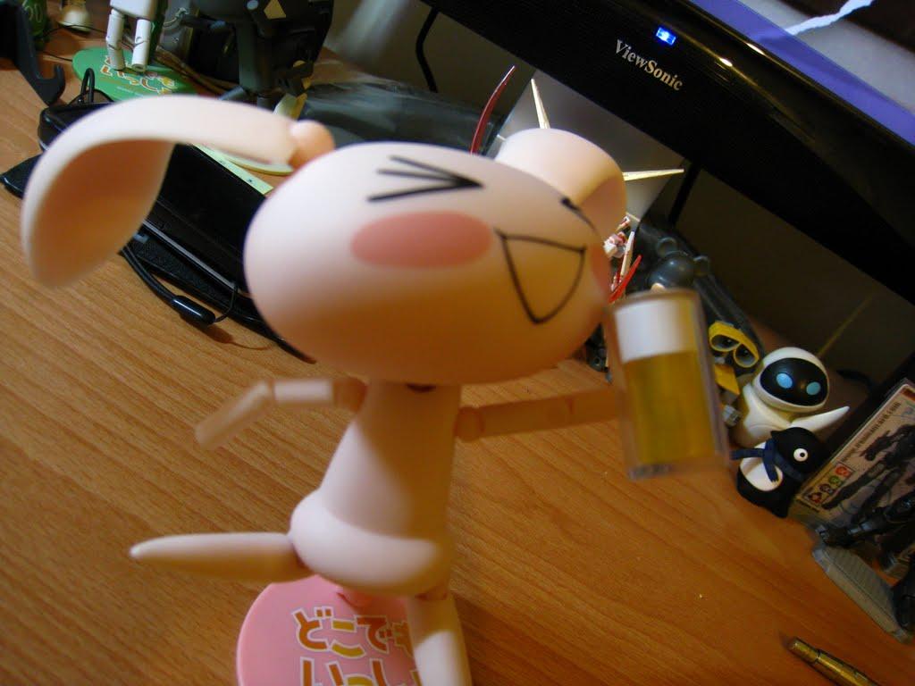 看她喝成這樣 大概真的很好喝 很順口!